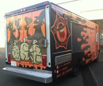 grilled cheese bandits food truck wrap-01