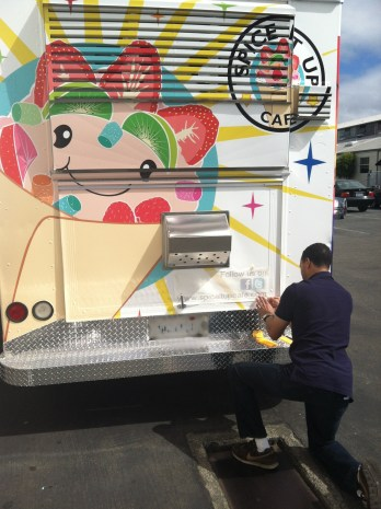 spiceitup foodtruck wrap-05