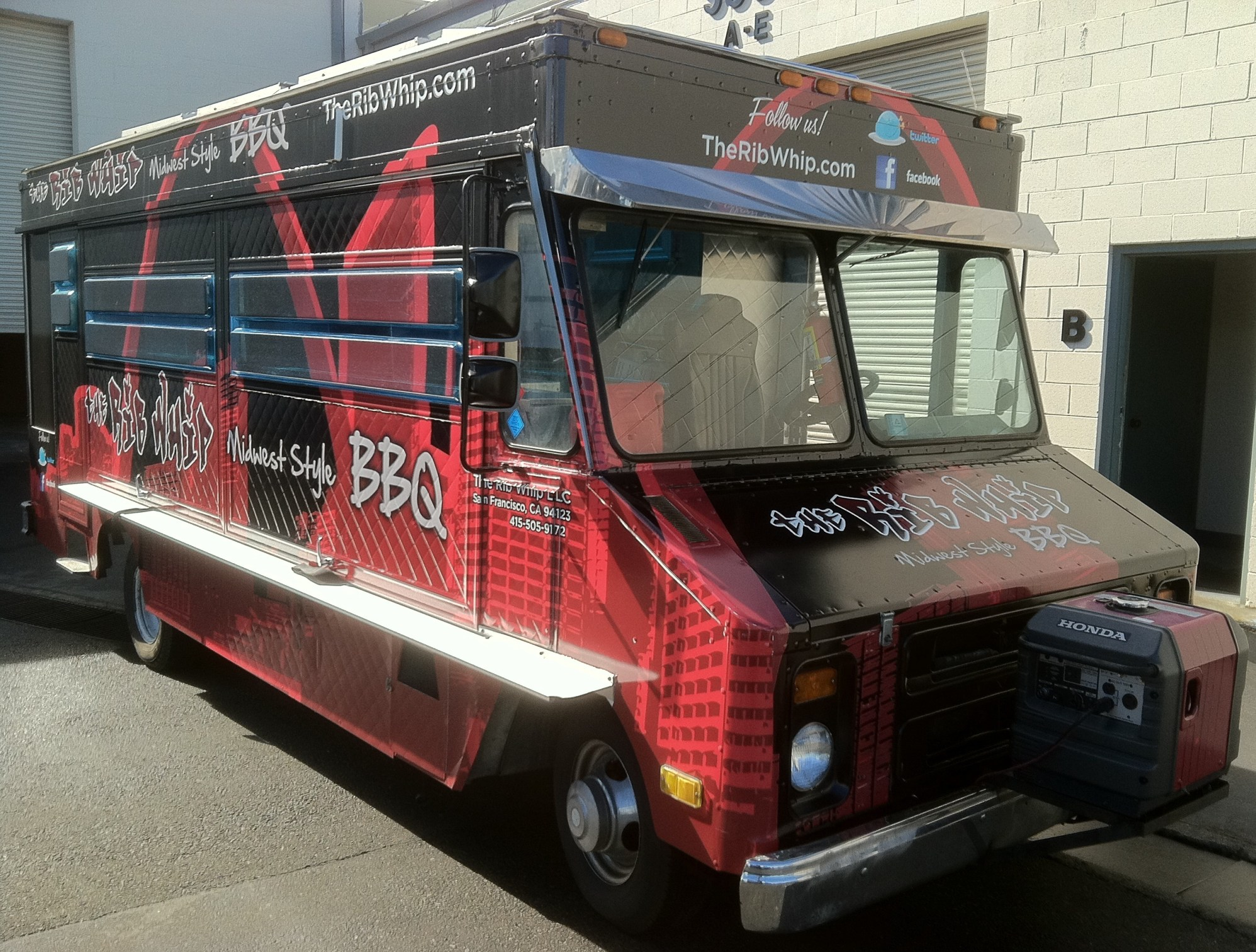 rib whip food truck wrap-07