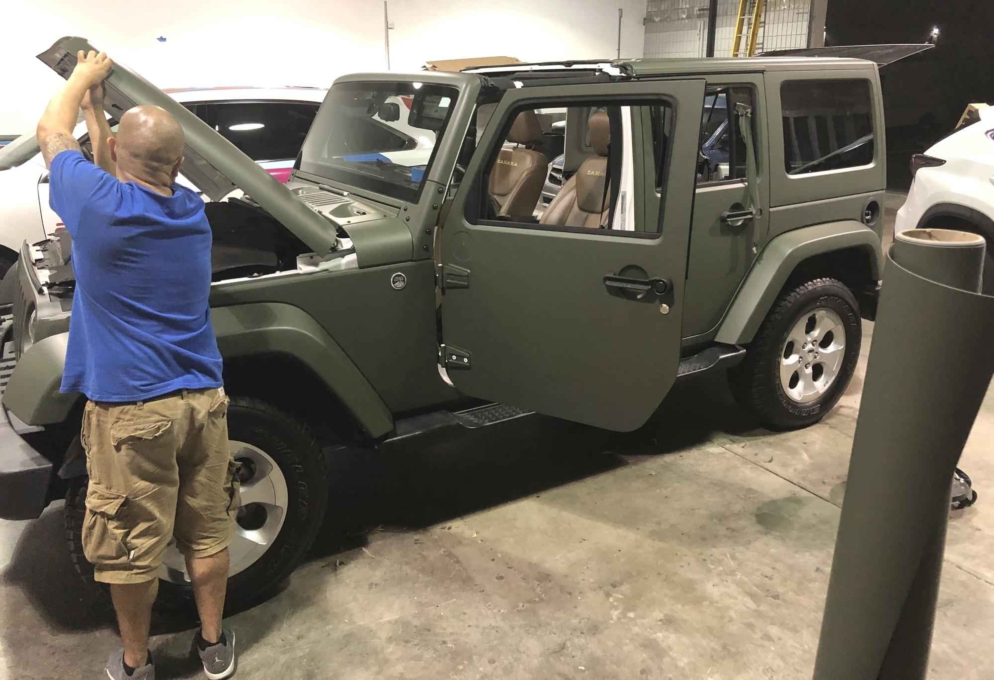 military green matte wrap jeep 08 – Custom Vehicle Wraps