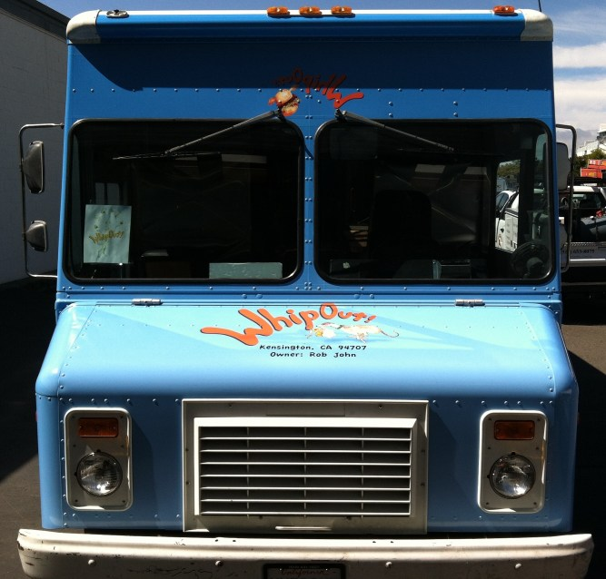 whipouts food truck wrap-03