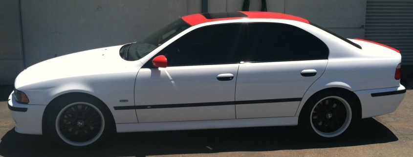 bmw white red roof color change-04