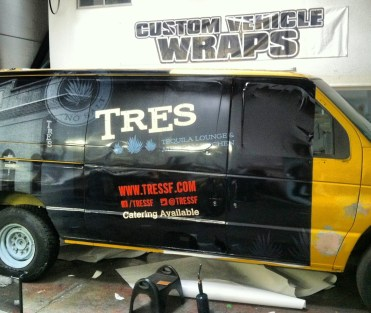 tres van wrap-02