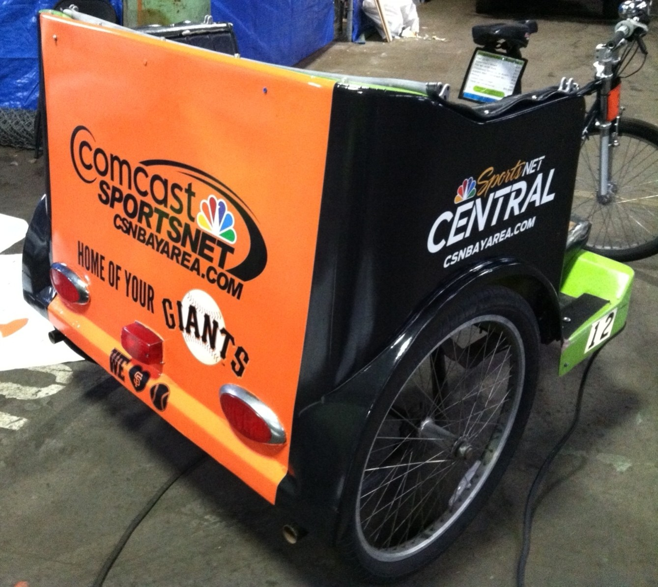 comcast giants cart wrap-01