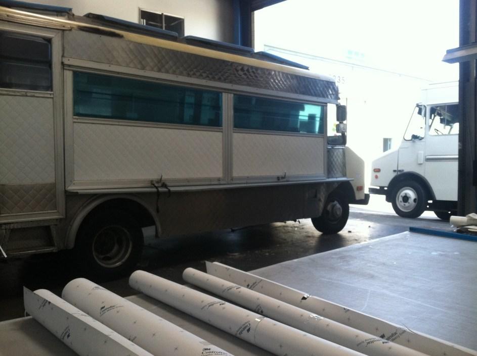 voodoo van food truck wrap-06