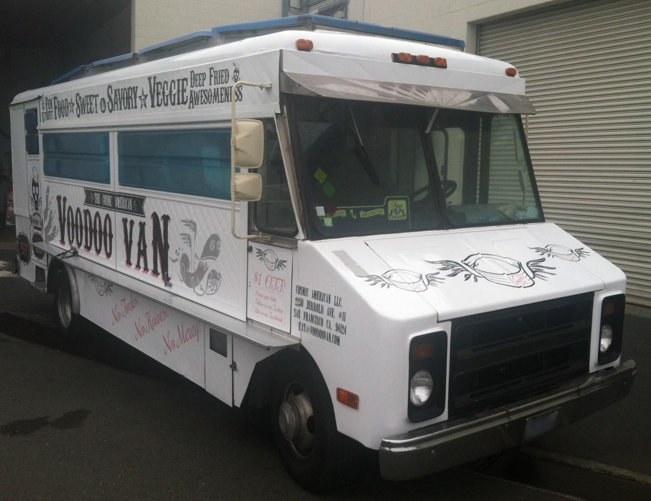 voodoo van food truck wrap-14