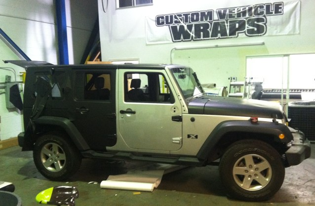 matte black jeep wrap-08
