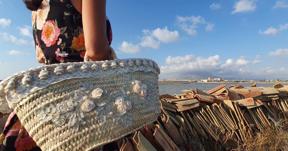 La palma nana: dalla coffa, alla scopa, al tappeto. Dall'artigianato all'accessorio di moda