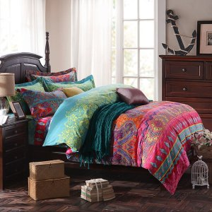 Multi-ethnic bohemian bedding set