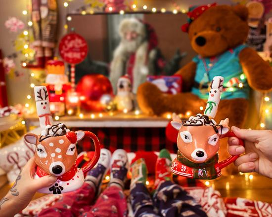 Weihnachten 2018 lasse ich im Rosa Haus mit ner heißen Schoki, Marshmallows und nem Weihnachtsfilm ausklingen