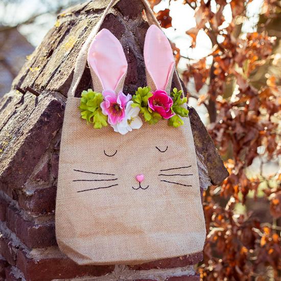 Die lustige Hasentasche für den Oster Crafternoon. Ich habe meiner ein Gesicht gegeben.