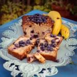 Bananen-Blaubeer-Granolabrot