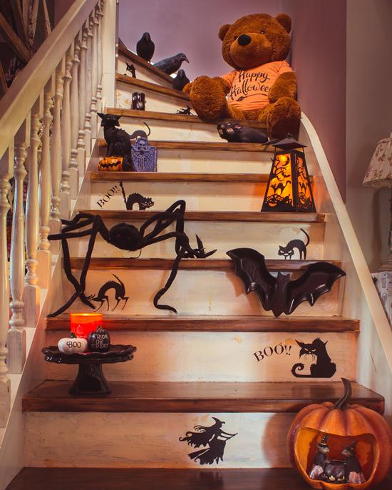 So sah bis gestern noch meine Halloween Treppe aus
