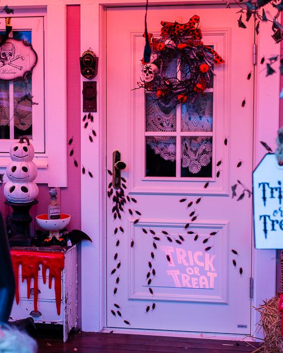 Dieses Halloween haben wir ein ziemliches Problem an unserer Haustüre