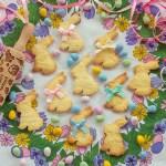 Geprägte Oster Cookies (Spitzbubenteig)