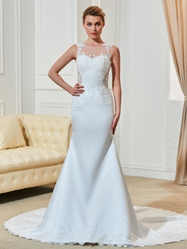 Beautiful Scoop Appliques Illusion Back Mermaid Wedding Dress
