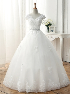 Beautiful V Neck Appliques Ball Gown Wedding Dress