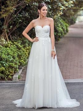 Classic Sweetheart Appliques A Line Wedding Dress