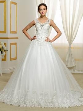 Elegant Appliques Beading V Neck Wedding Dress
