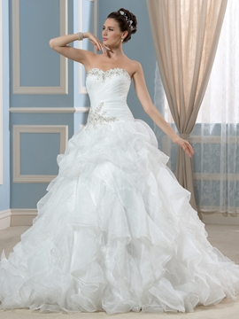 Elegant Sweetheart Beading A Line Wedding Dress