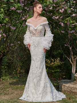Lace Tiered Ruffles Long Sleeves Wedding Dress