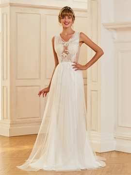 Sexy V Neck A Line Appliques Tulle Summer Wedding Dress