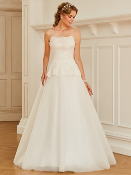 Strapless Appliques Tulle Ball Gown Wedding Dress