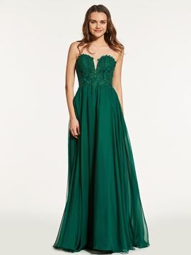 A Line Scoop Neck Lace Applique Long Prom Dress