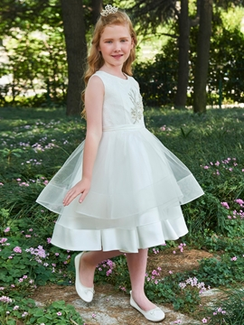 Scoop Appliques A Line Knee Length Flower Girl Dress