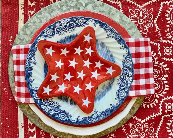 Labor Day table setting