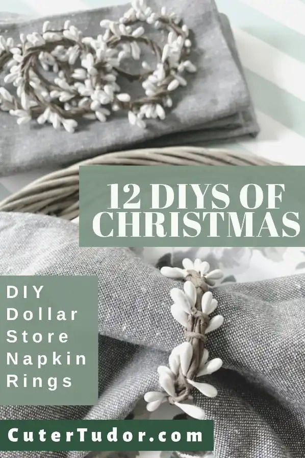 These berry garland napkin rings make the perfect DIY gifts for Christmas.