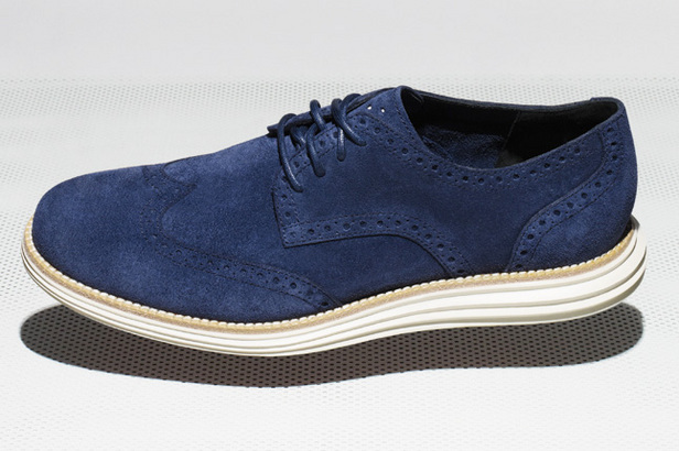 Cole_Haan_LunarGrand_Wingtip_Blue_and_White_at_Cut-The-Cap