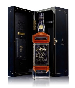 Sinatra Century, Bottle and case shot (white background)