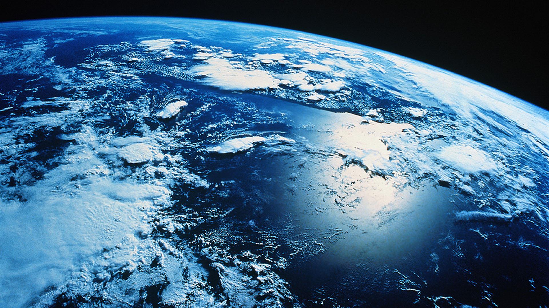 Hollow Earth