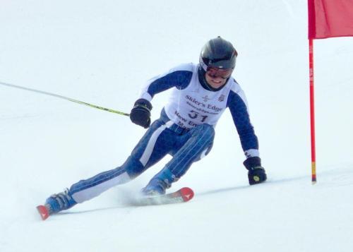 Eric Cutting Ski Racing