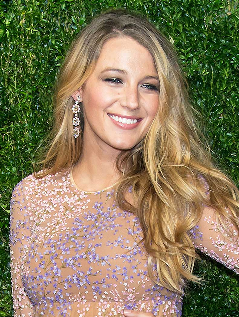 1430927621-syn-2-1426783570-blakelively