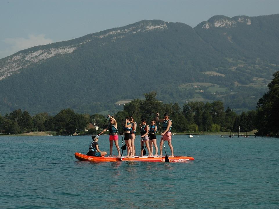 Paddle Géant en location sur le lac d'annecy