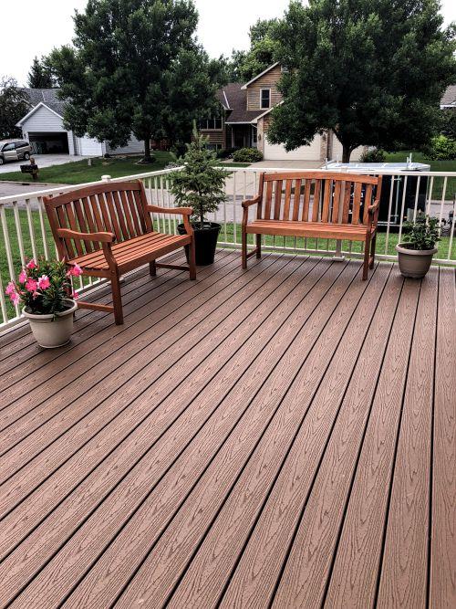 Minneapolis deck contractor