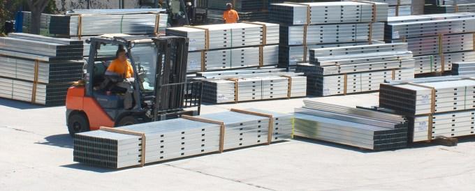 CWallA Yard Forklift