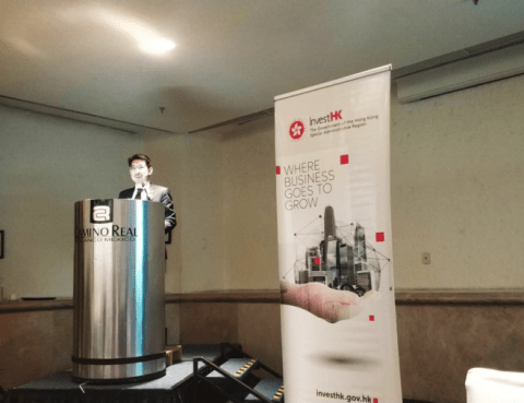 InvestHK's Deputy Managing Director Jimmy Chiang speaks in México City