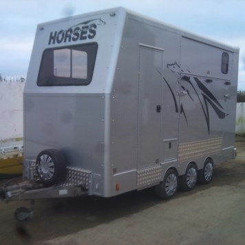 CW Horseboxes