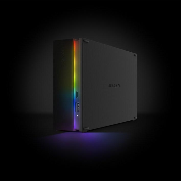 FireCudaGamingHub_HeroLeft_RainbowLED_Dark_Hi-Res_3000x3000