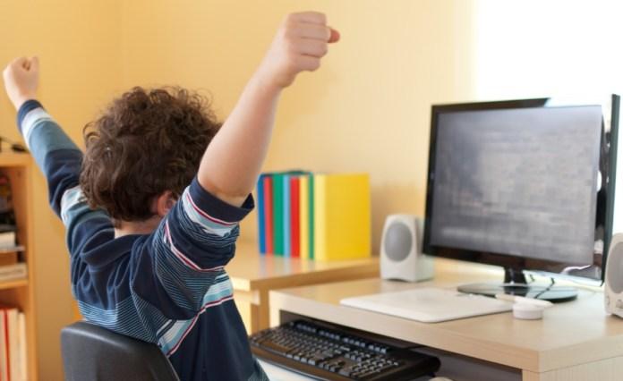 4 Basic Computer Skills Everyone Should Master