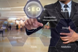 Man pointing to the SEO information