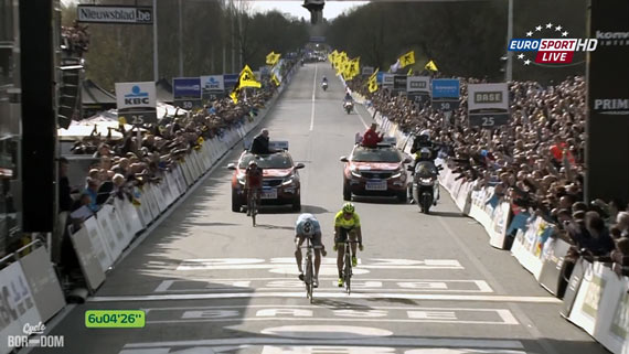 Cycleboredom | Screencap Recap: Ronde van Vlaanderen - Tommeke At The Line