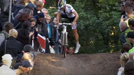 Cycleboredom | Screencap Recap: GP Neerpelt - Albert's Hot Mounting Action