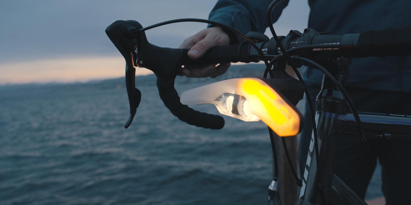 Velohub's Blinkers Smart Cycling Light