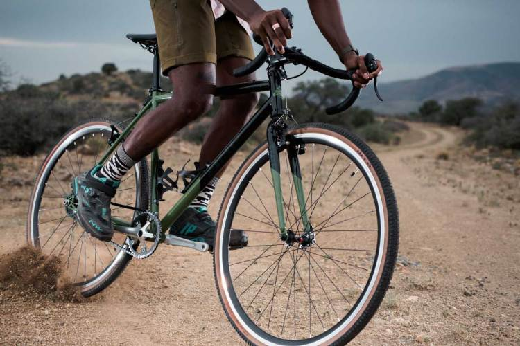 State's Warhawk SSCX/Gravel Bike Gets An Olive Makeover And Tubeless Options