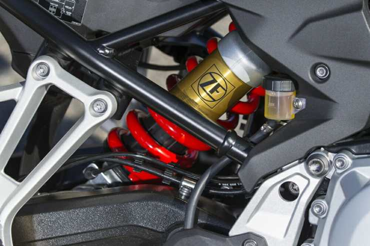 Dynamic ESA will allow on-the-fly rear suspension changes.