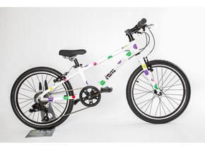 New high quality kids bike launched by Frog Bikes - the childrens bike the Frog 52 in spotty pattern
